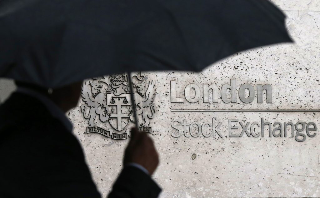 - london stock exchange deutsche borse merger result redundancies 1250 employees 1024x634 - Hawkish Fed comments bear down on London market despite strong trading at Barclays