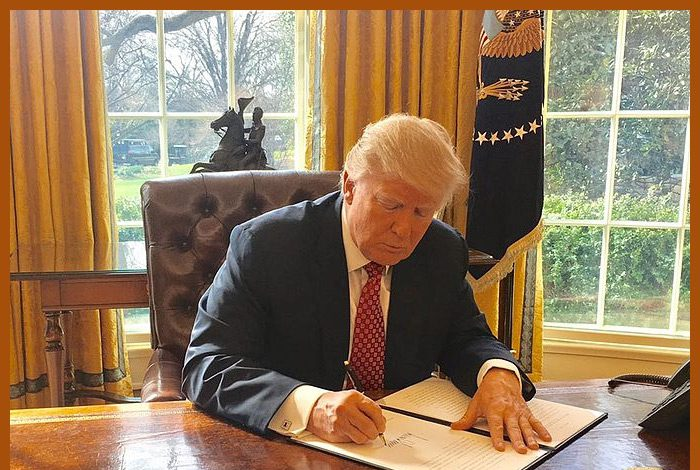 - Trump signing033117 lt 700x470 - Trump To Sign Executive Orders To Address Trade Deficit