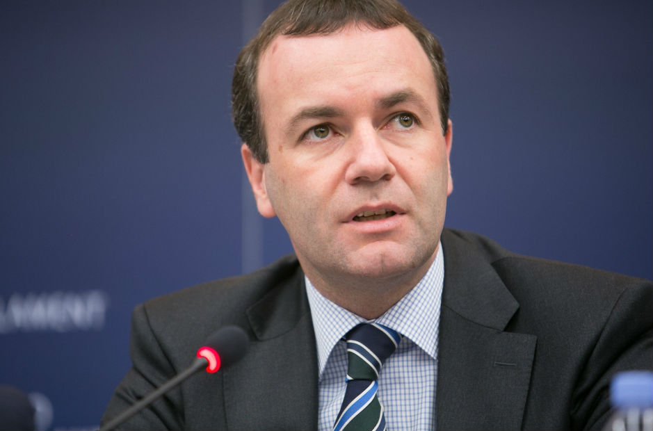 - manfred weber - Top EU lawmaker says all euro business should be moved out of London