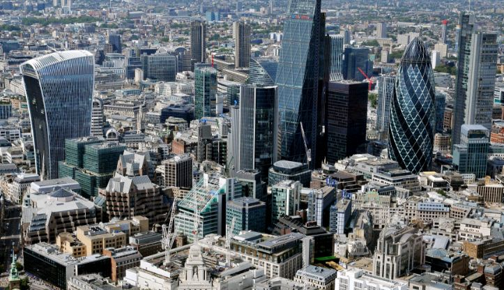 London close: Stocks end lower as US equities retreat; Prudential bucks trend