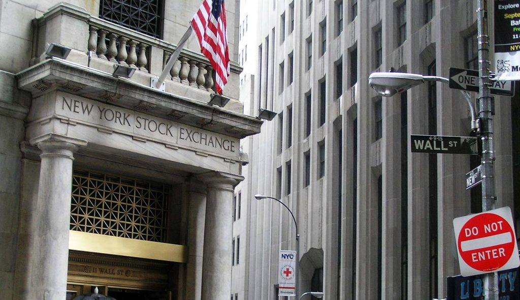 - nyse opt 1024x590 - US open: Dow and S&P 500 hover near record highs on final trading day of 2017