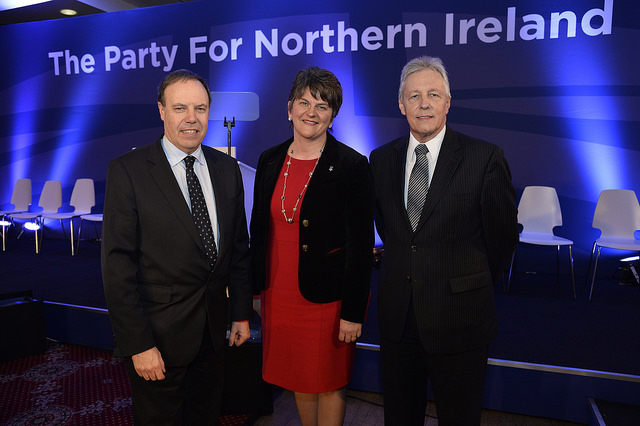 DUP threatens to vote against Tory budget if Brexit 'red line' crossed
