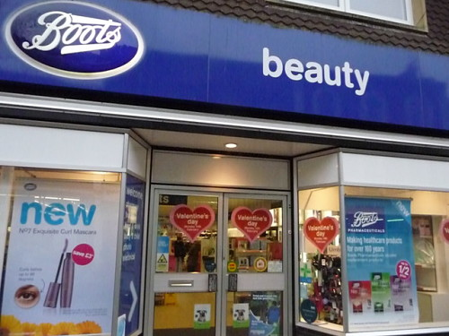 Walgreens Boots Alliance sales growth falls just short of analyst expectations